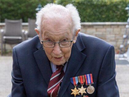 99-letni weteran II wojny światowej zebrał astronomiczną kwotę dla szpitali