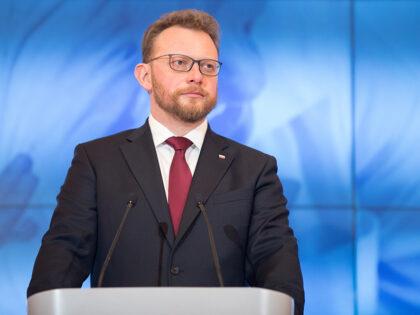 Łukasz Szumowski ma koronawirusa. Gdzie zakaził się były minister zdrowia?