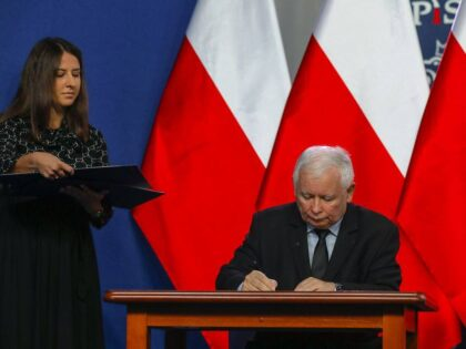 Czy Jarosław Kaczyński ma COVID-19? Jest wynik testu!