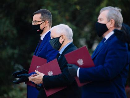 Jarosław Kaczyński na kwarantannie! Miał kontakt z chorym na koronawirusa!