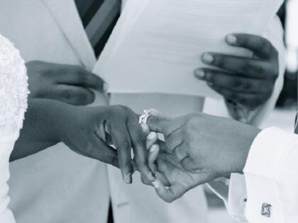 Pierwszy lesbijski ślub w Polsce. Jak udało się zorganizować ceremonię?
