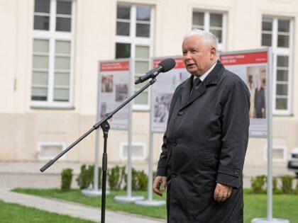 """Jarosław Kaczyński wygłosił kazanie w… kościele! """"Zło atakuje nasz kraj"""""""