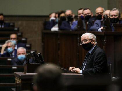 Poseł homoseksualista atakuje Kaczyńskiego: Jest traktowany jak książę