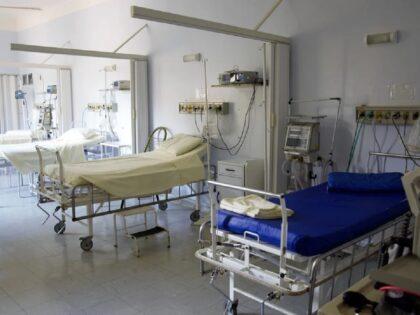 Szpitale walczą z III falą koronawirusa. Czy to już szczyt kolejnego napływu chorych?